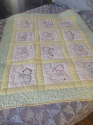 """Baby Quilt embroidered machined quilted size 37"""" x 46"""" new."""