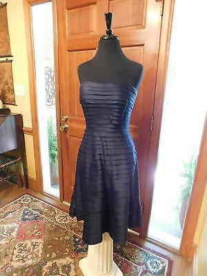 Beautiful Mother Of The Bride Or Groom Or Formal Occasion Navy Strapless Size 6