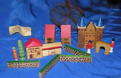 Vtg 1960 Erzgebirge East German Wood Miniature Xmas Putz Village 15 Pcs Mesh Bag