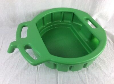 Plastic 4-1/2 Gallon Green Spill Proof Drain Pan (Lisle 17952) - Liquid Transfer