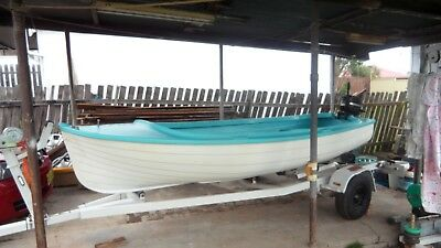 3.8 mtr fibre glass boat with motor & trailer