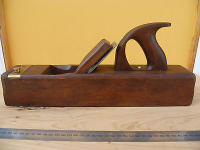 Old Very Rare Victorian Railways V.r Woodworking Plane, Old Tool