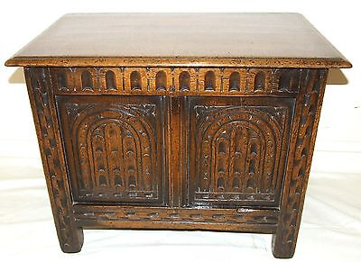 Carved SOLID Oak Coffer Blanket Box Shoe Toy Storage Coffee Table Antique Style