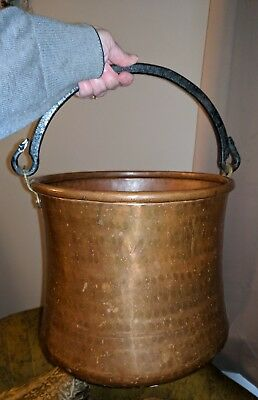 Big Antique Copper Brass Hammered Bucket Coal Ash Water Planter Vintage Shiny