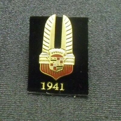 1941 Cadillac Pin Crest Lapel Hat Emblem Logo From Licensed Gm Collector Set