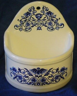 1974 Merle Norman FRENCH salt BOX cellar blue & white excellent VINTAGE hanging