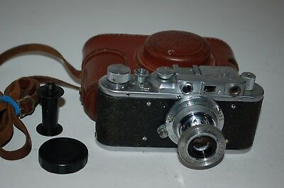 Zorki 1 Type D Vintage Soviet Rangefinder Camera With Case & Cap 1954. No.487741