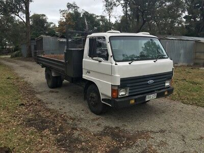 1988 Ford Trader Tipper Truck - excellent condition & ready for work