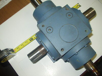 """Right Angle 4 way Spiral Bevel Gearbox, Ratio 1:1 with 4 Keyed 1.575"""" DiaShafts"""