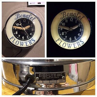 VINTAGE ADVERTISING Wall CLOCK from EVER-LITE INC Los Angeles, Excellent Cond