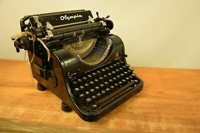 Collectible Typewriter Olympia 8 With Cyryllic - No Risk With Shipping