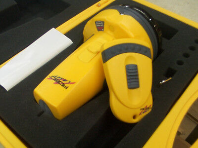 TooLZ Robo Laser RB01001 Self-Leveling Remote-Cont. Rotating LAZER Level W/case