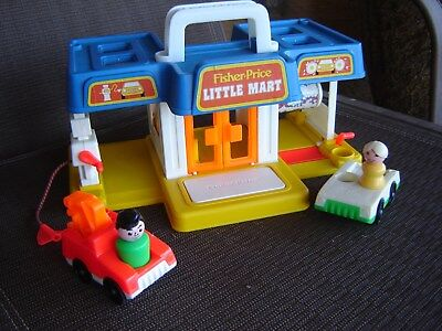 1988 Vintage Fisher Price Play Family Little People 2580 Little Mart building