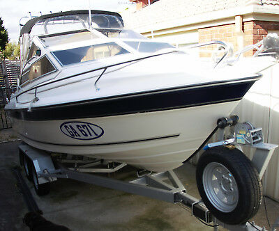 Boat 5.2 Whittley voyager