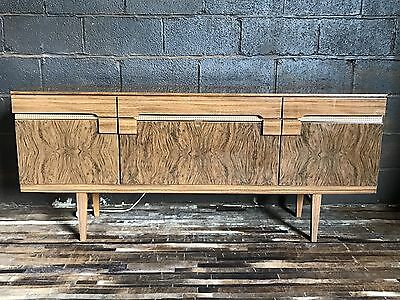 Mid Century Vintage Walnut Retro Beautility Sideboard Cocktail Cabinet