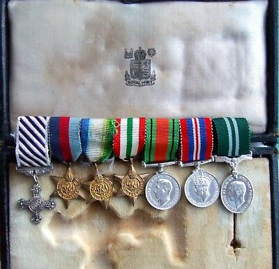 Ww2 Miniature Medal Dfc Group On Medal Bar With Original Dfc Box