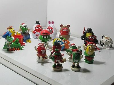 Lot of 17 Collectible M&M Candy Toppers & Keychains
