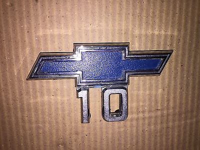 1967-1968 Chevy 10 Truck Fender Emblem GM Vintage Original Part # P-3893751 C-1
