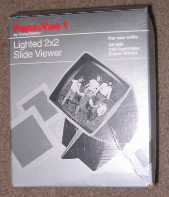 Slide Viewer 2x2 Automatic Lighted Pana-Vue by ViewMaster