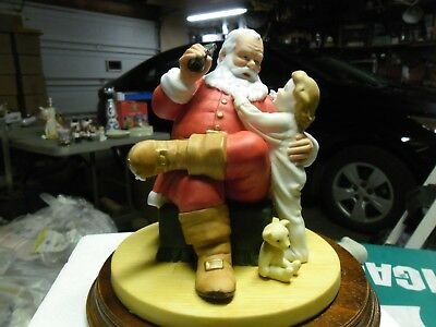 1984 Second Annual Christmas The Classic Santa Claus Figurine