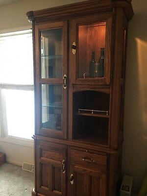 RICHARDSON BROTHERS Lighted Tall Oak Cabinet, Curio, Bar