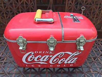 Vintage COCA COLA Coolbox Cooler AM-FM Radio & CD Player