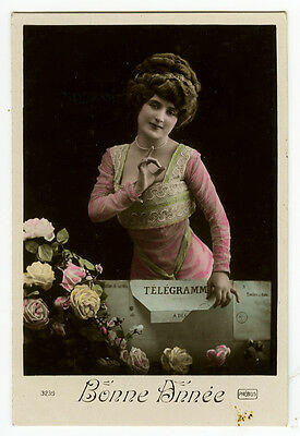 c 1910 Vintage antique STYLISH FRENCH BEAUTY tinted photo postcard