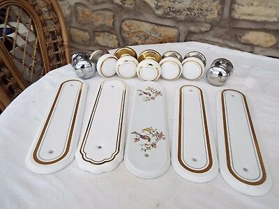 Door Knobs And Finger Plates
