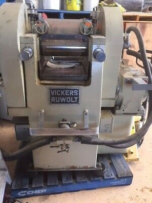 Vickers Ruwolt 2 Roller Crusher