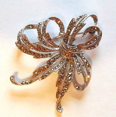 Sparkling Marcasite Ribbon Bow Brooch Pin Silvertone