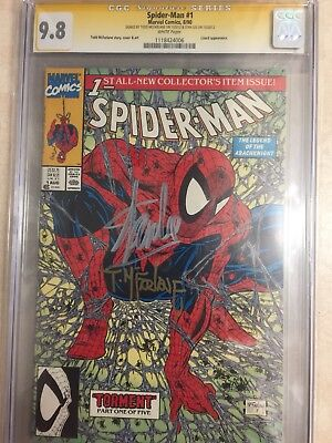 Spider-Man #1 Green Cover,signed by Stan Lee and Todd McFarlane. CGC 9.8