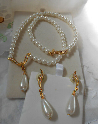 Gold Tone Faux Pearl Necklace & Earring  Set