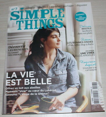 SIMPLE THINGS - N°7 de 2015