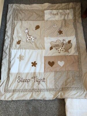 Baby's Cot Quilt Cream And White