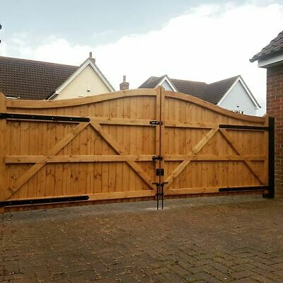 Swan Neck - Wooden Driveway Gates - Made To Measure - Heavy Duty Double Entrance