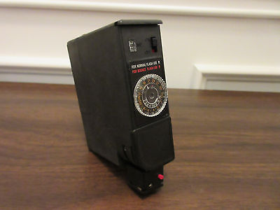 VINTAGE BRILLANT 505 BLITZGERAET (FLASH UNIT) -- 1970s -- MADE IN GERMANY BY NEC