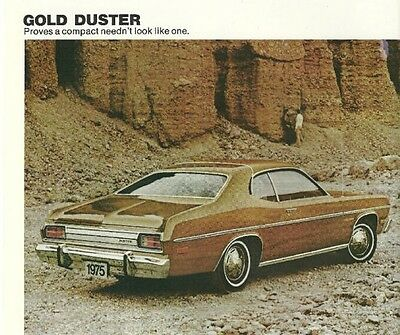1975 Plymouth DUSTER / VALIANT Brochure / Catalog :360,GOLD,SCAMP,'75