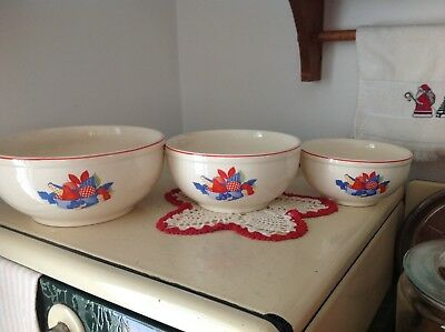 Vintage Universal Cambridge Calico Fruit Set of 3 Bowls