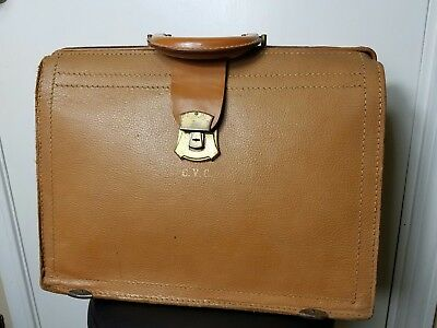 Antique Vintage Wear Best Cowhide  Doctors Traveling Medical Bag, Dr's Estate