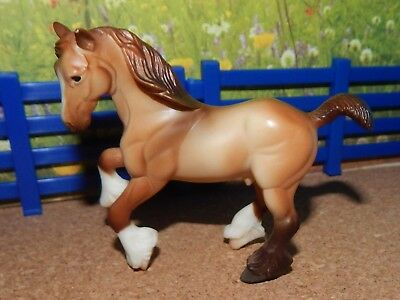 2003-04 Breyer Stablemate Red Dun Clydesdale From Red Stable Set #50197
