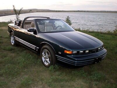 1995 Oldsmobile Cutlass Supreme Convertible ACTOR COLLECTION 1995 Olds Cutlass Supreme Convertible LAST YEAR MADE New top 30 MPG GM collector