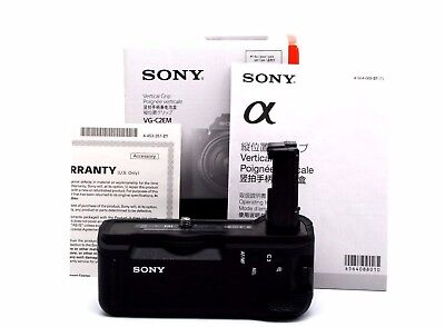 Mint Condition Sony VG-C2EM Battery Grip for A7II A7SII A7RII Camera  26287