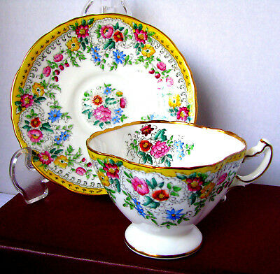 Hammersley Floral Chintz Yellow Band Quatrefoil Teacup and Saucer, c.1940s