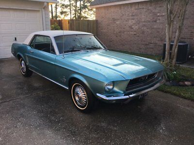 1968 Ford Mustang Original Trim 1968 Ford Mustang (Blue, White Top)