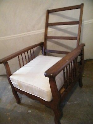 Morris Style Chair