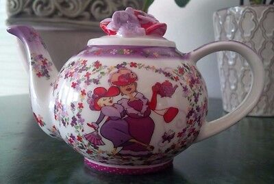 "RED HAT SOCIETY Paul Cardew 2004 Design Porcelain ""Tea Time"" Single Teapot"
