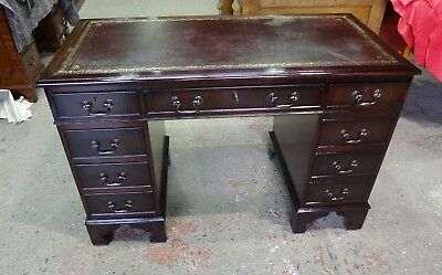 STUNNINGLY RESTORED MAHOGANY 4 x 2 ANTIQUE STYLE PEDESTAL DESK