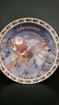 "AVON Collectible holiday Plate 2003 santa ""coming to town in original box, NEW"