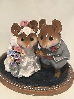Wee Forest Folk, Wedding Pair, small chip on base
