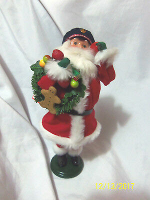 2010 Byers Choice Caroler Santa Salvation Army Wreath Bell w/Tag Excellent Cond
